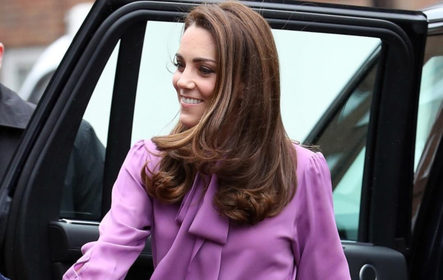 Kate Middleton: Προσπαθεί να κάνει τα look της πιο μοντέρνα και νεανικά