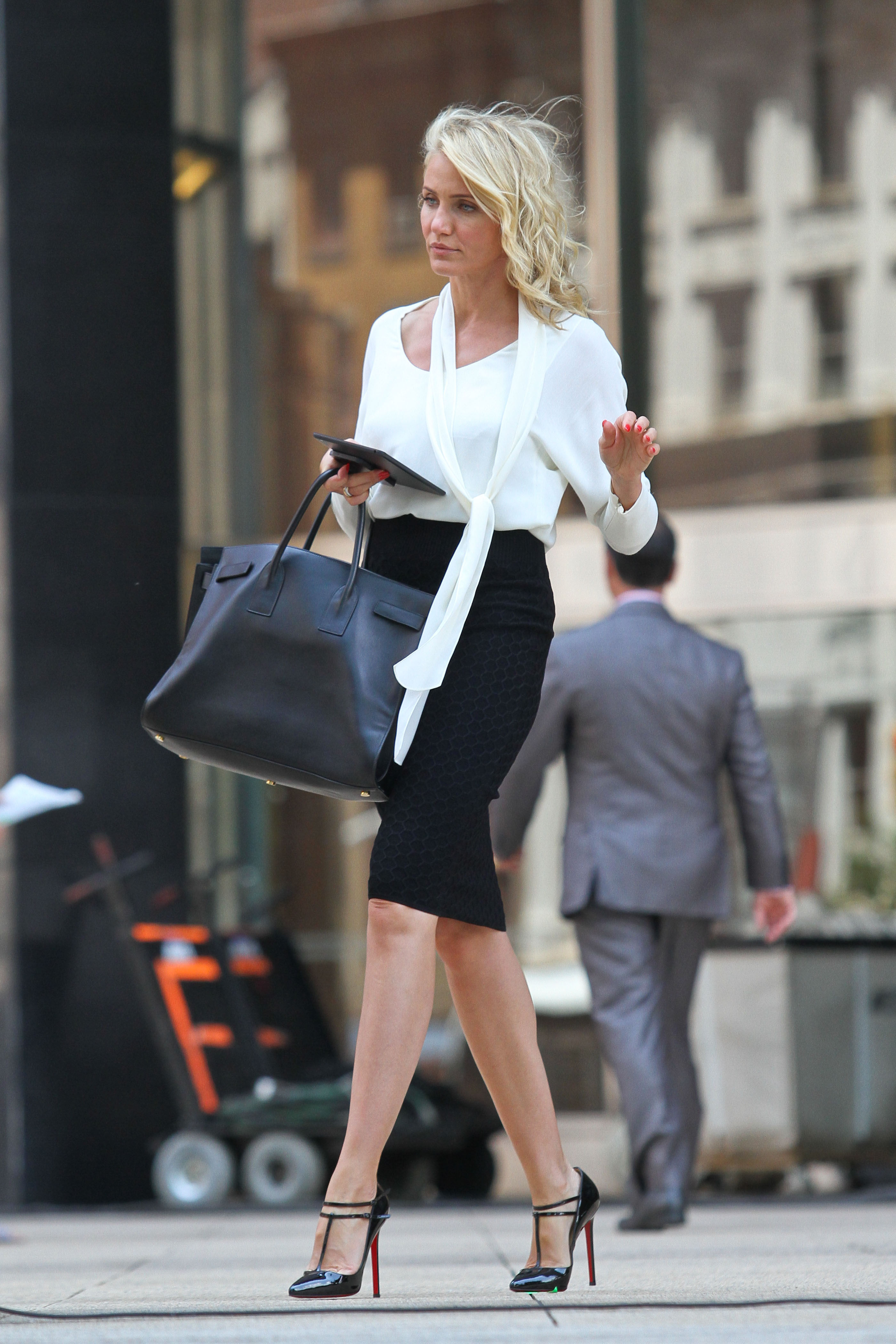 Cameron Diaz flashes her huge smile while filming