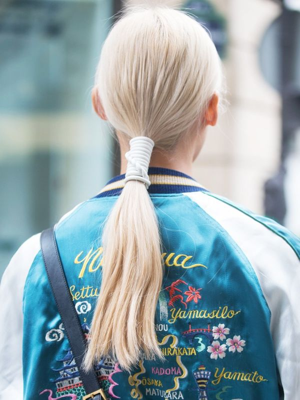 15-hairstyle-updates-you-can-do-in-60-seconds-1826149-1467654735.600x0c