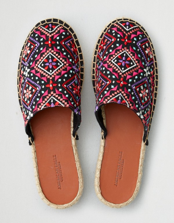 AEO embroidered denim espadrille mule, €20.71